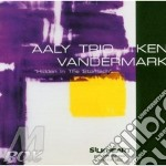 Hidden in the stomach cd musicale di Ken vandermark & aal