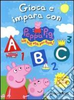 Gioca e impara con Peppa Pig. Hip hip urrà per Peppa! Con adesivi. Ediz. illustrata libro