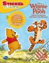 Winnie the Pooh. Nuove avventure nel bosco dei 100 acri. Sticker in scena libro